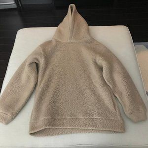 The Group Babaton - Lisa Sweatshirt